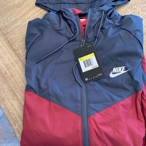 Brand NWT Nike zip up
